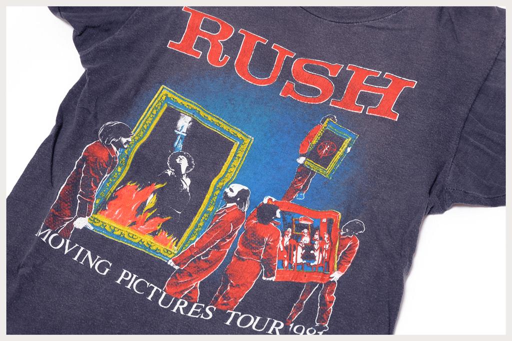 RUSH Tシャツ プリント面アップ