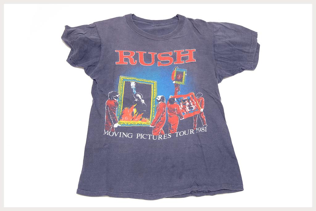 RUSH Tシャツ全体像