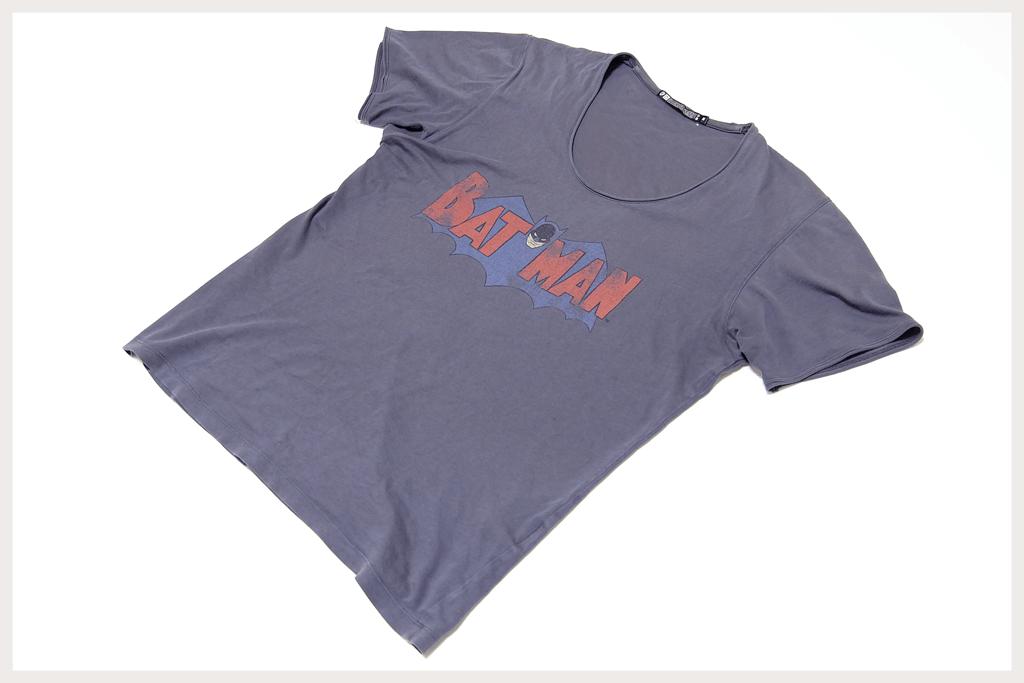 バットマンTシャツ全体像2