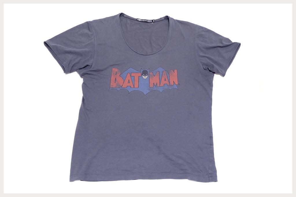 バットマンTシャツ全体像1